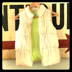 Girls white old navy puffer vest